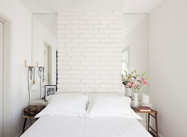 projeto marcela madureira, quarto casal, tijolinho na parede