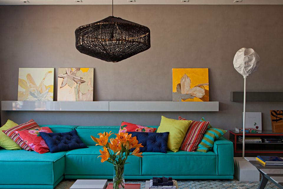 Sofá colorido, Paula Nader, casa casada
