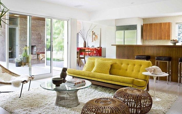 sofá colorido, sofá amarelo, casa casada