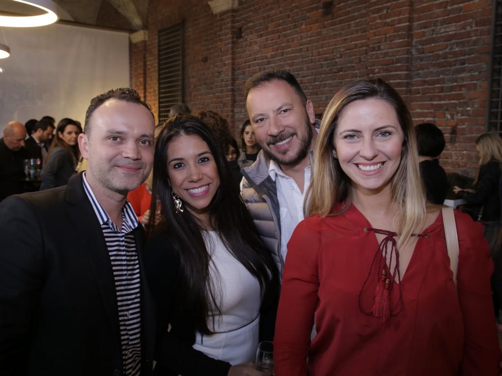Simões Neto, Paola Oliveira, Marcos Marcello e Eduarda Santos (conhecem essa?! rs)