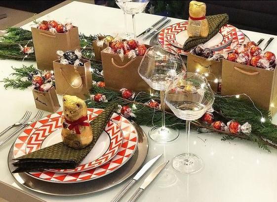 mesa-de-natal-com-chocolate