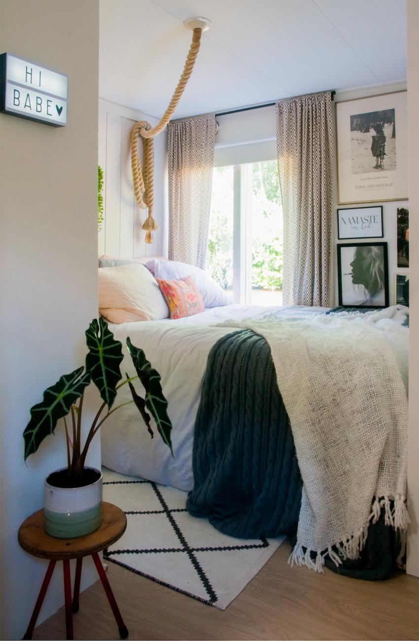 01-quarto-casal-bedroom-Houseboat-Casa-no-Barco-Casa-Casada (1)