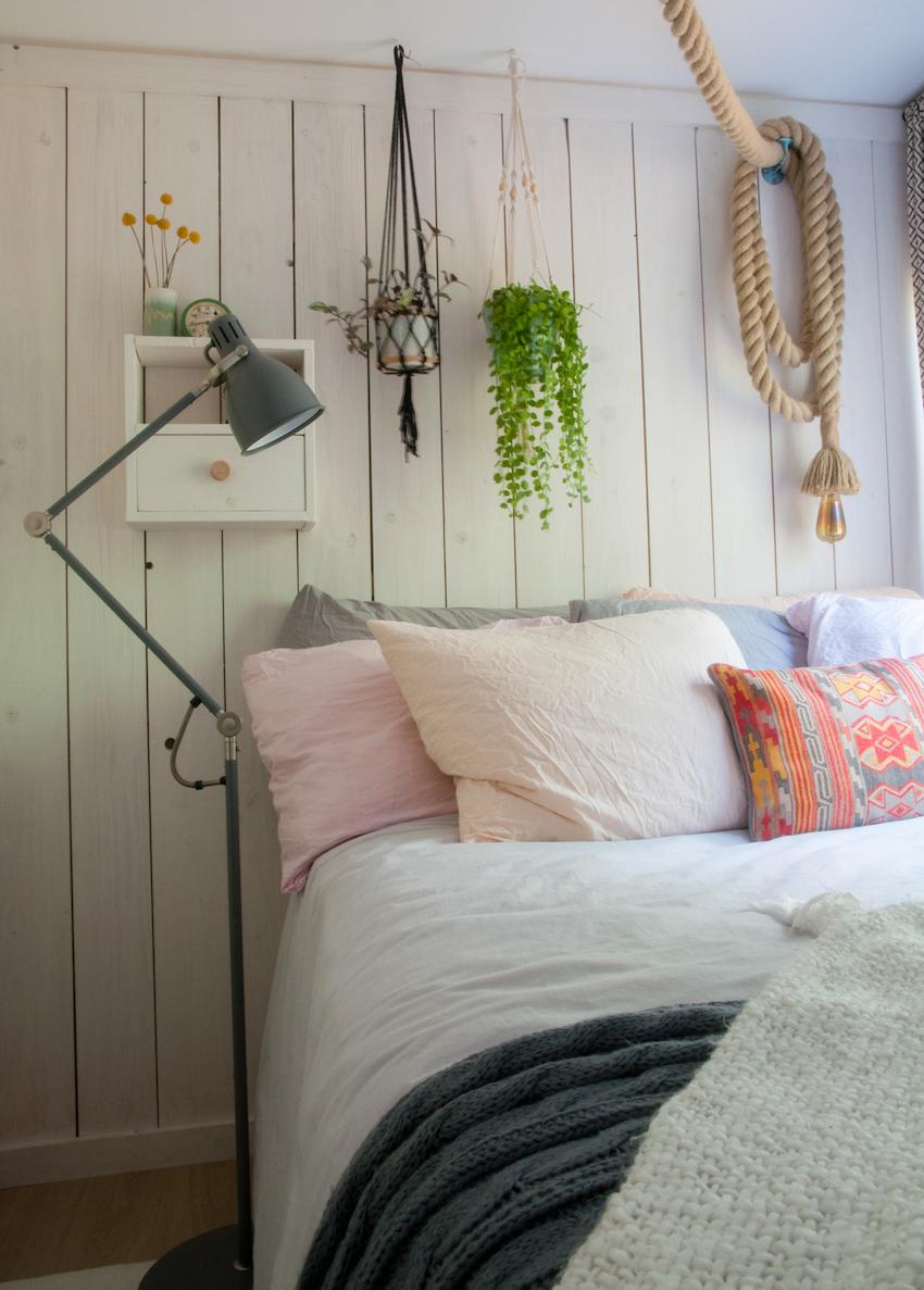 01-quarto-casal-bedroom-Houseboat-Casa-no-Barco-Casa-Casada (2)